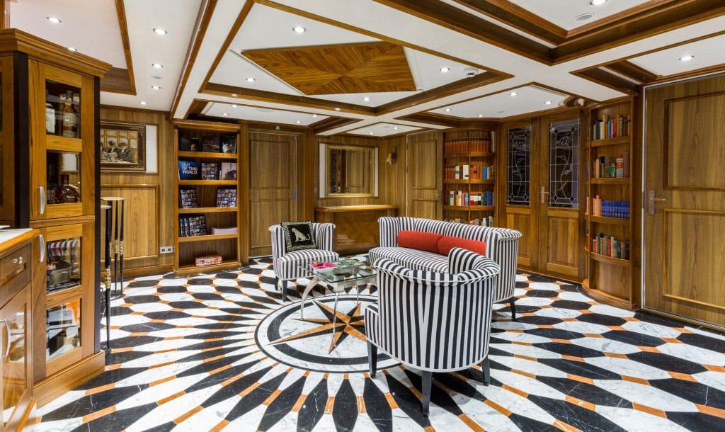 EYOS Expedition Legend Yacht Interior