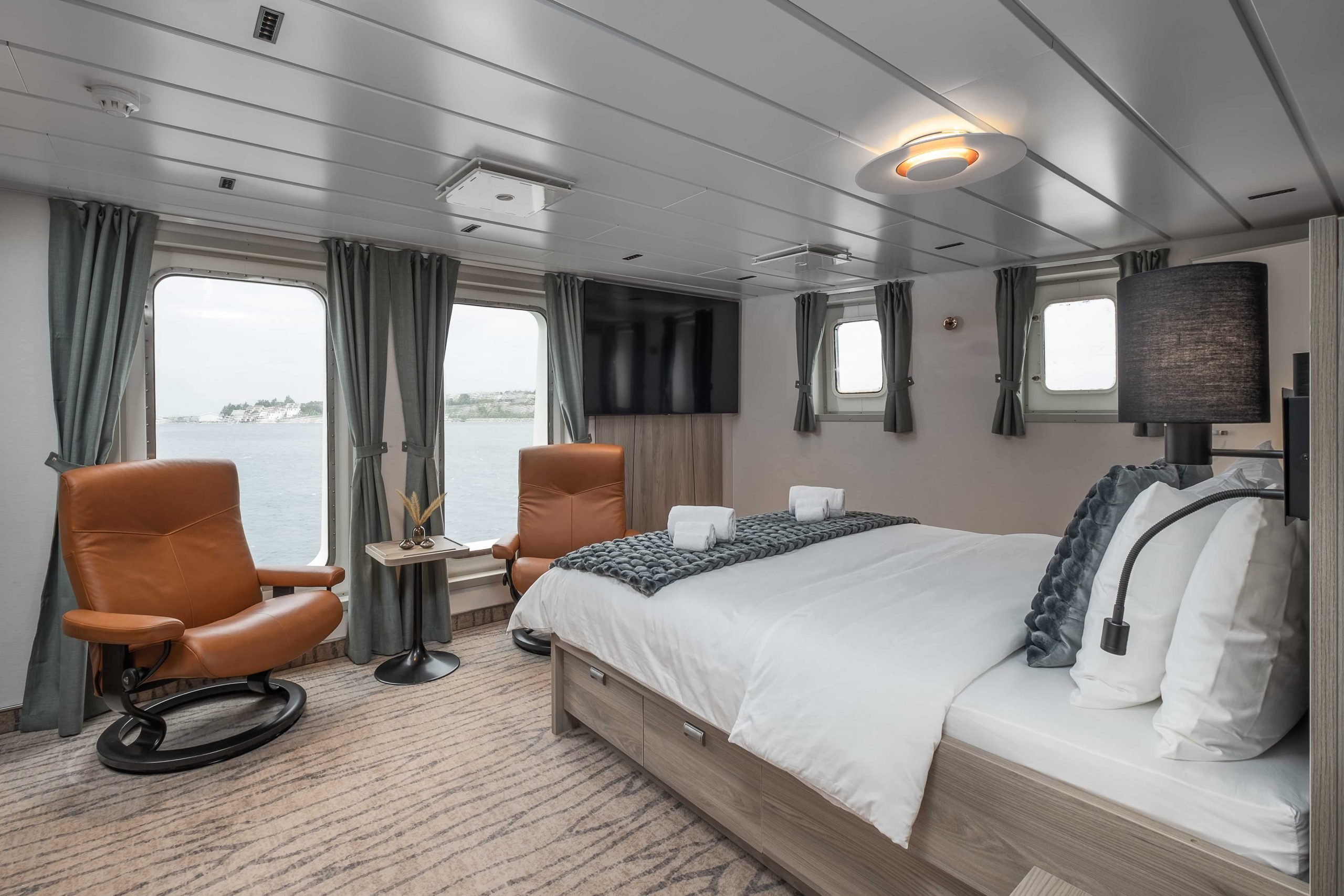 A view of one of Nansen Explorer's staterooms