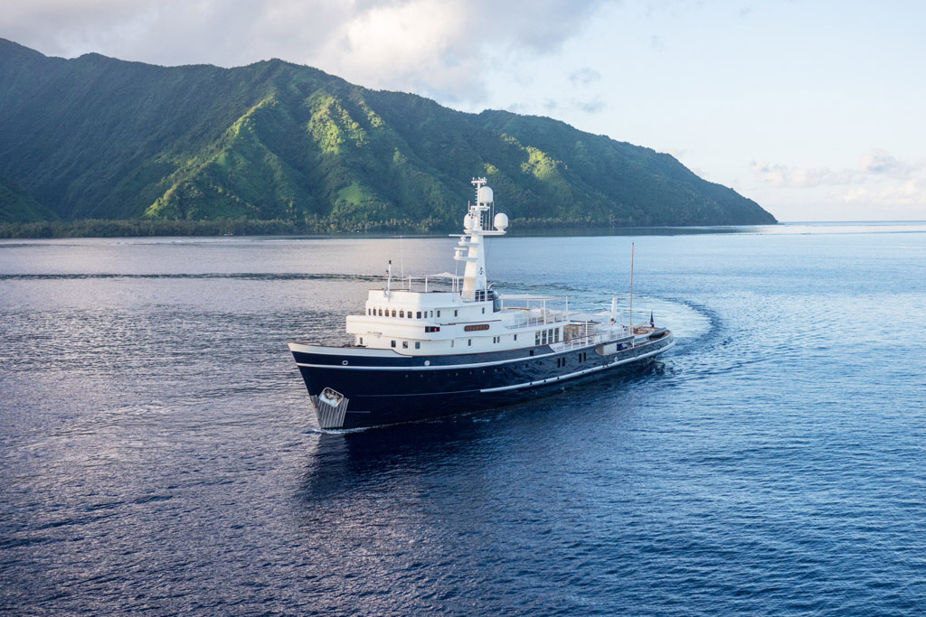 Sea Wolf Yacht EYOS Expeditions