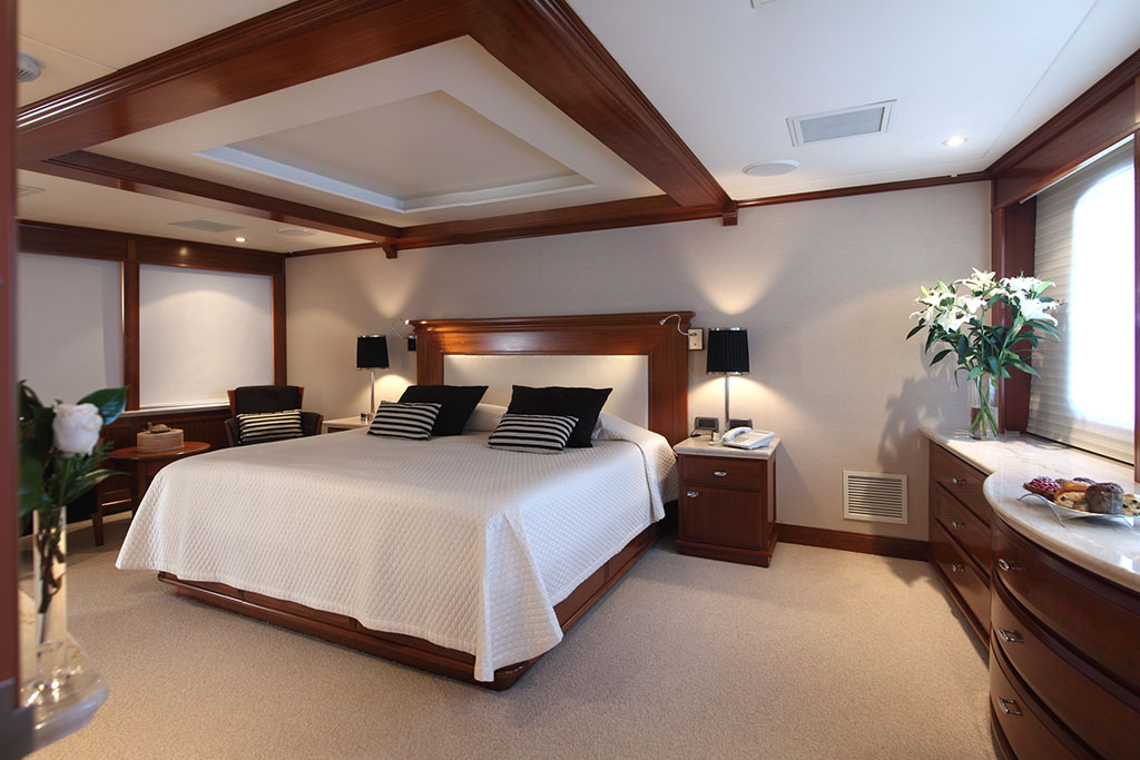 Asteria Luxury Expedition Yacht interior - the master bedroom
