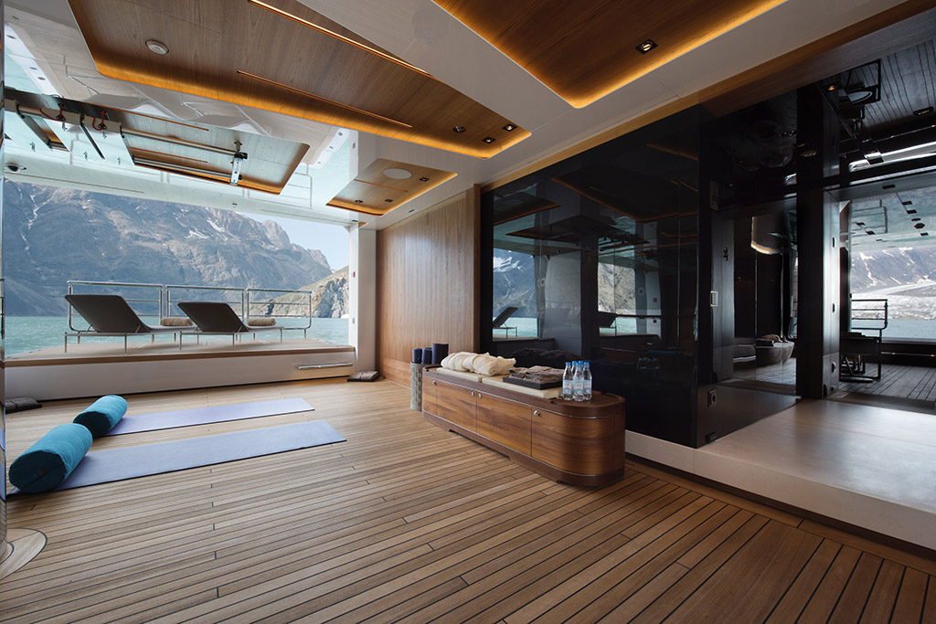 Cloudbreak yacht exercise room